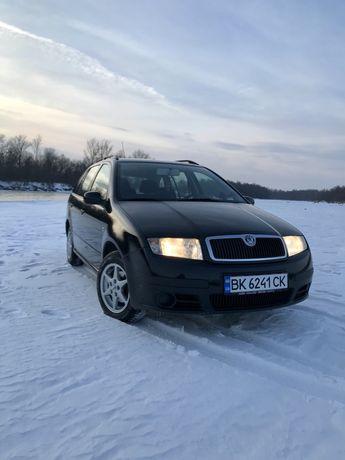 Продам машину Skoda Fabia 2007 рік 1.4 дизель