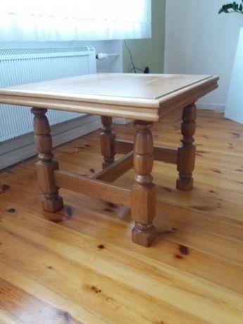 Stolik z drewna dębowego