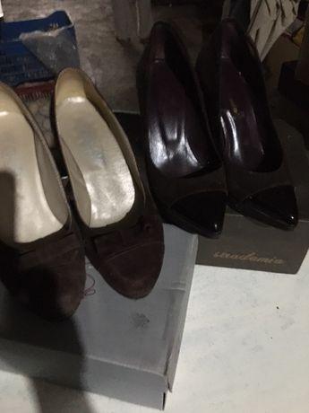 Sapatos de inverno  em muito bom estado. Muito elegantes.