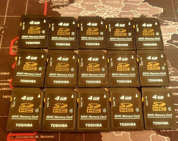 Карты памяти 15 штук Toshiba Япония оригинал цена  за все