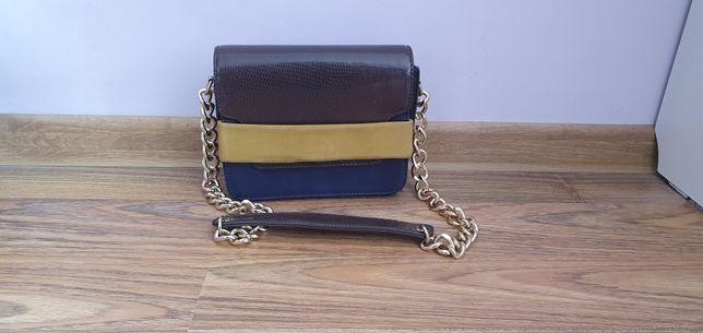 Skórzana torebka,kopertówka HM.granatowa,brązowa,z grubym łańcuszkiem