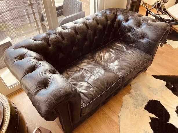Sofa 2 lugares Area chesterfield