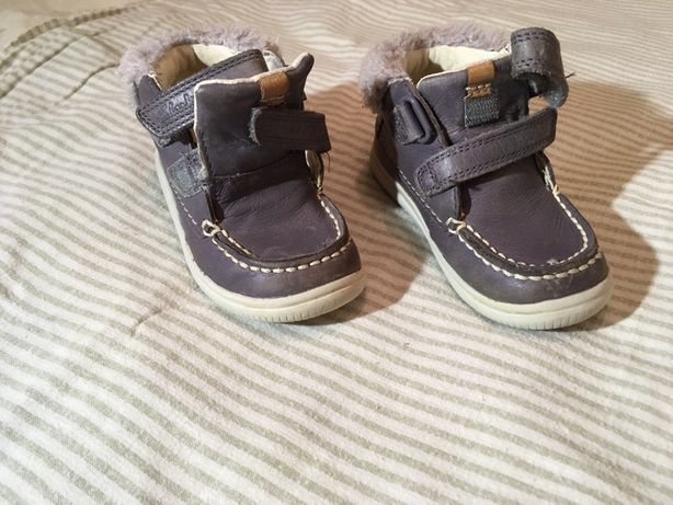 Детские ботиночки осень-весна фирмы Clark's