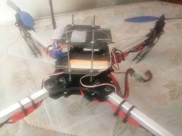 Drone quadcopter.