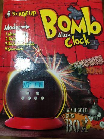 Часы-будильник-копилка «Бомба»