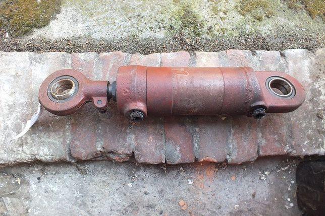 Cylinder przechyłu wózek widłowy GPW i innych maszym rolniczych