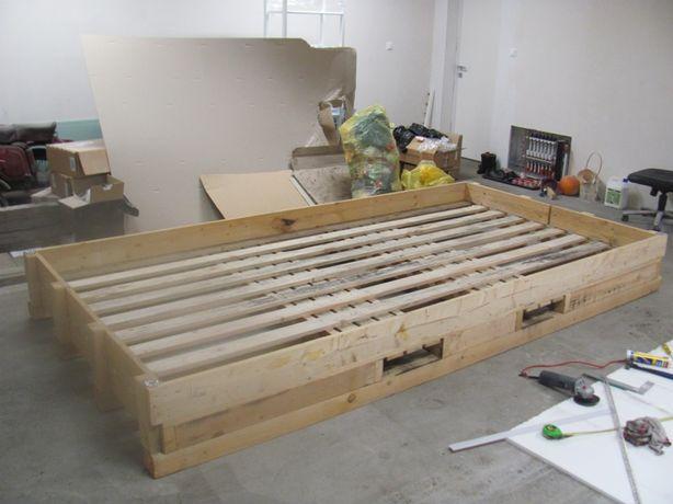 Duża drewniana paleta - łóżko, meble ogrodowe, regał, itp