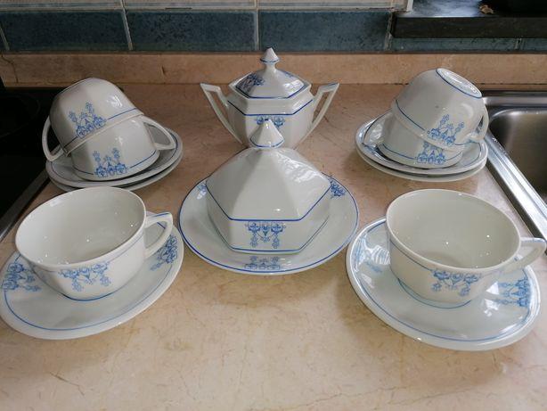 Conjunto de chá em porcelana Candal