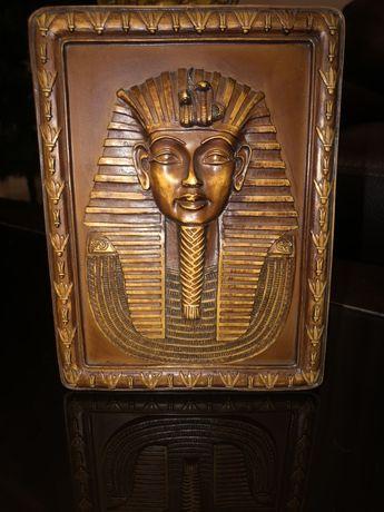 Фараон деревянный