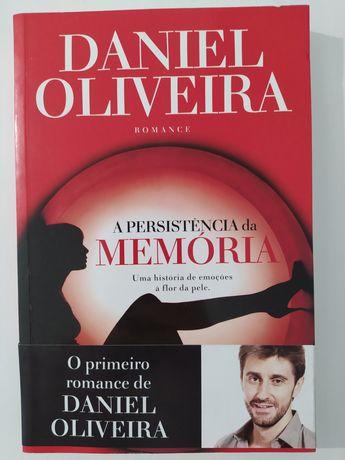 """Livro de Daniel Oliveira """"A persistência da Memória"""""""