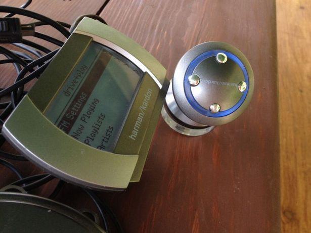 HARMAN KARDON drive play iPod iPhone