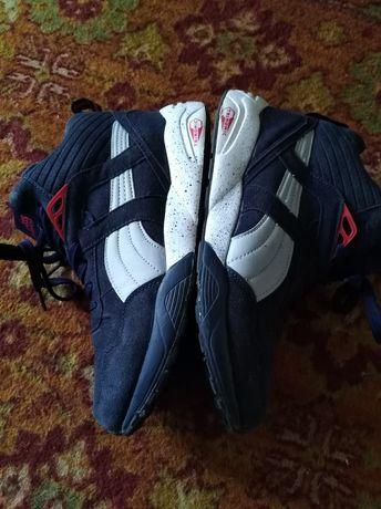Зимние кроссовки, ботинки