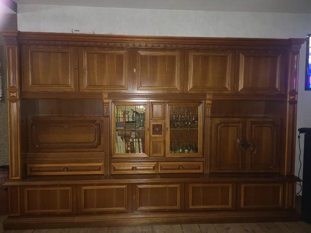 Meble drewniane stylowe