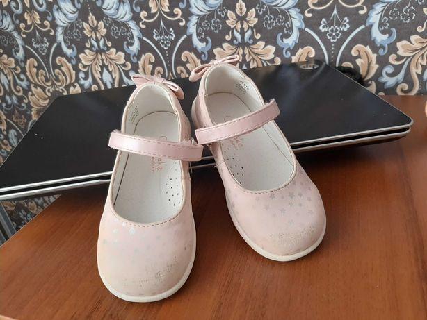 Туфлі на дівчинку 23 розмір (15см)