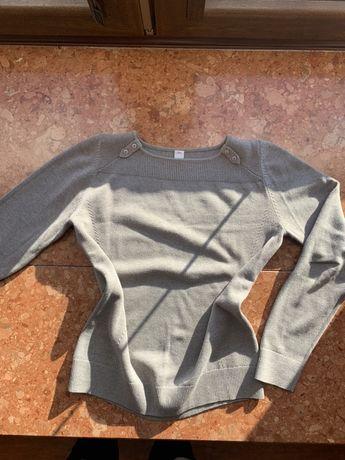 Szary sweterek s.Oliver