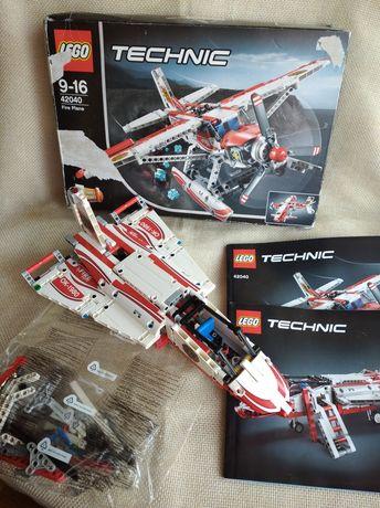 Lego Technic Пожарный самолёт (Лего 42040)