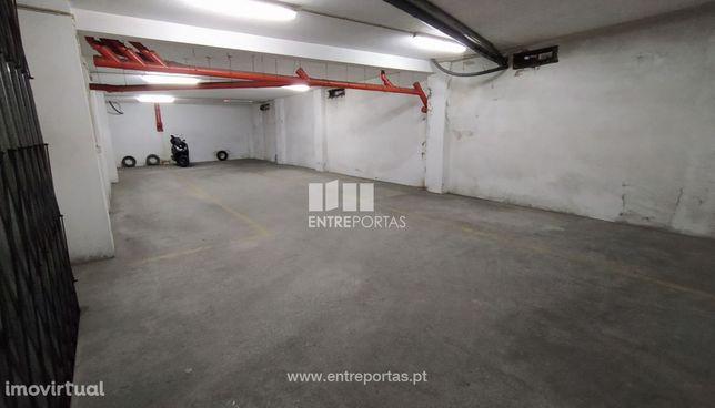 Venda de garagem com 130 m2, Vila do Conde