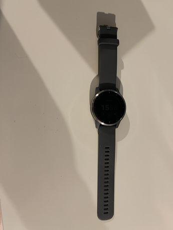 Zegarek sportowy Garmin Vivoactive 4 szary