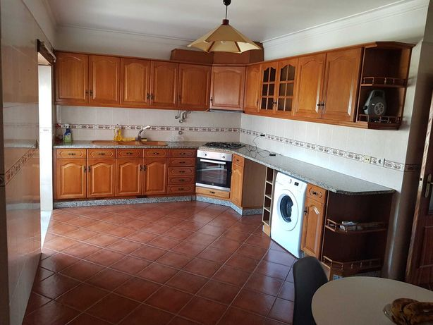 ALUGA-SE apartamento T3,Entroncamento  Mobilado €550, Sem mobilia €450