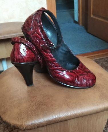 Продам женские туфли!