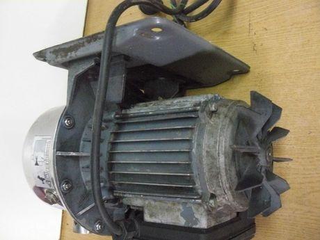 Silnik elektryczny na 230 wolt 1.2 kW  1200 wat obroty 2850/min