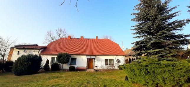 Dom wolnostojący z dużym ogrodem