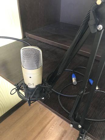 Продам студийный микрофон Behringer C-1