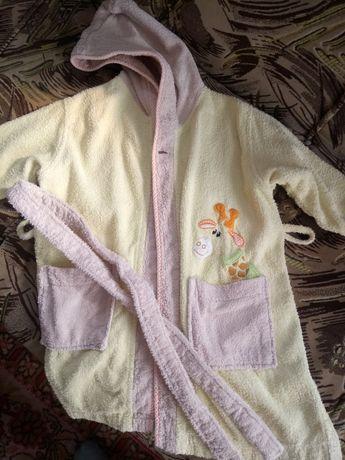 Мягусенький махровый халат на девочку 3-4лет