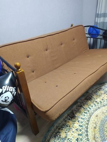 Ліжко, кровать, диван