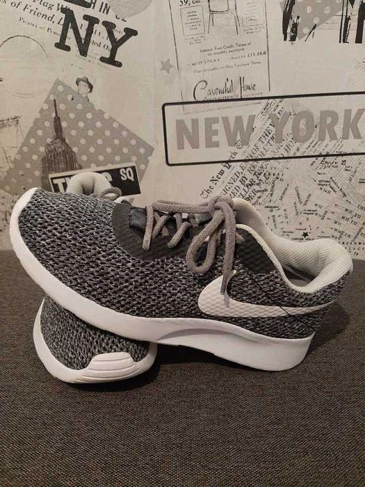 Oryginalne buty Nike rozmiar 38 Staszów - image 1