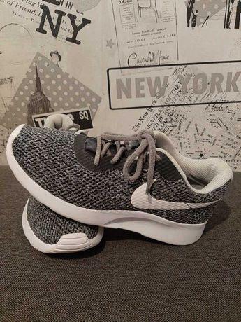 Oryginalne buty Nike rozmiar 38