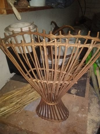 Плетёная старовинная ваза