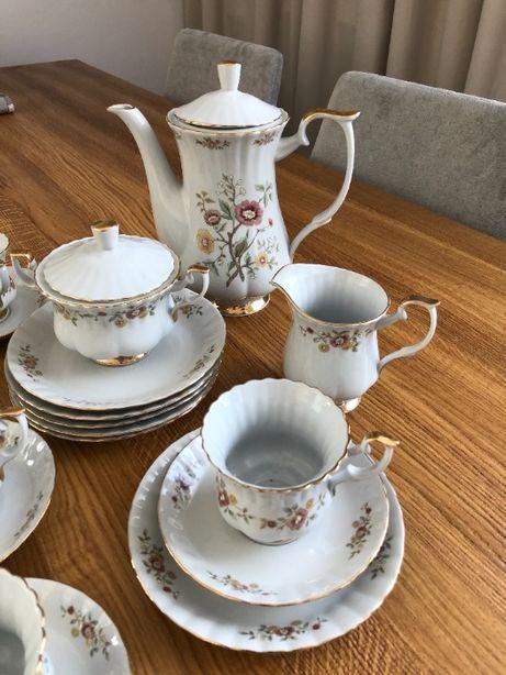 Serwis kawowy porcelana Chodzież dla 6 osób