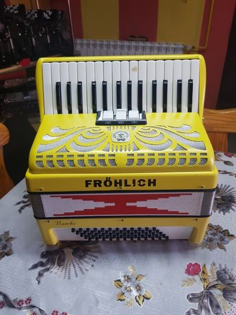Akordeon Fröhlich Bambi 60 basów