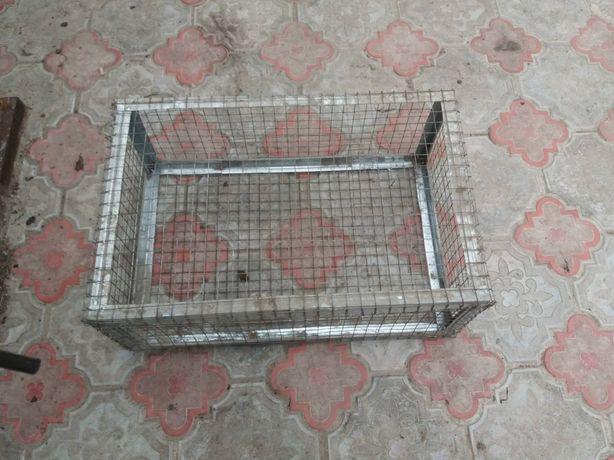 Ящики для птиці і кролів