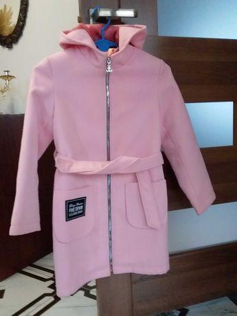 Плащик. Пальто для девочки