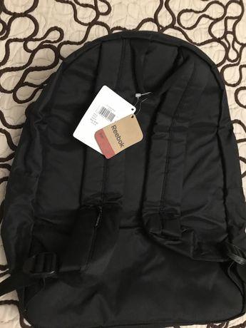 Продам оригинальный,шикарный рюкзак Reebok,красивый цвет,непромокаемый