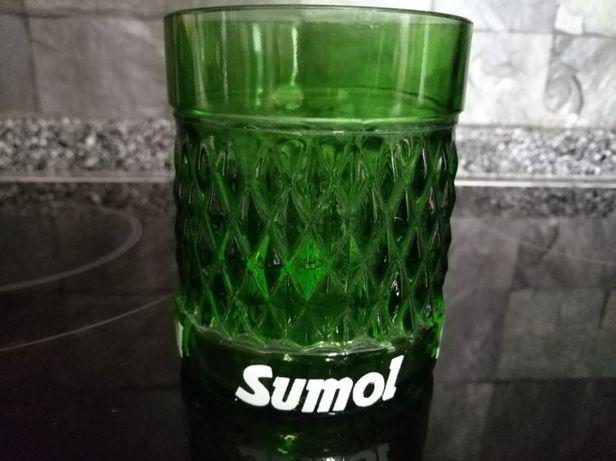 Copo da marca Sumol