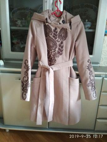 Пальто ( зимнее)