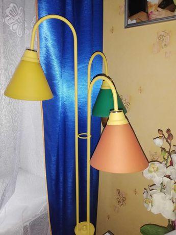 Lampa, lampka potrójna stojąca