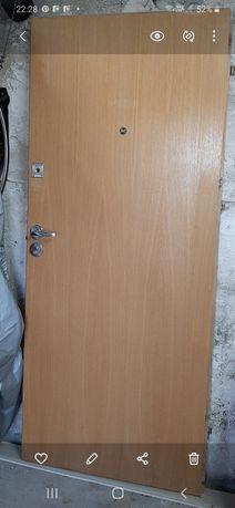 Drzwi wejściowe 80 cm