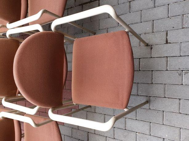 Krzesło tapicerowane VERSA