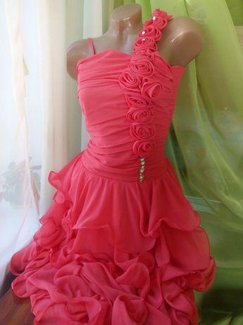 Продам нарядное вечернее платье, подростковое на выпускной, торжество