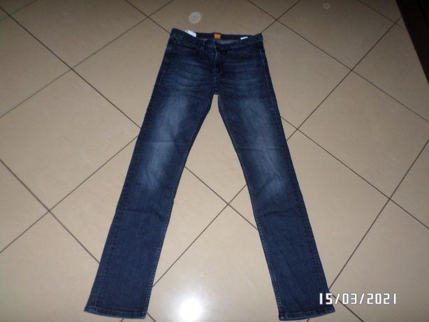 Firmowe spodnie męskie -Hugo Boss-31/34