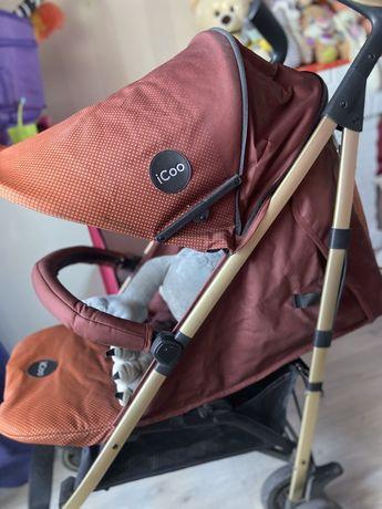 Продам прогулочную  коляску Icoo