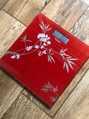 Весы напольные стеклянные BEURER электронные