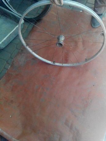Обод с втулкой на велосипед