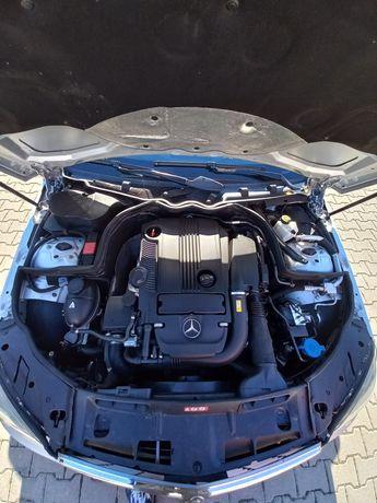 Mercedes C class 1,8 CGI BlueEfficency W204 classic super stan!