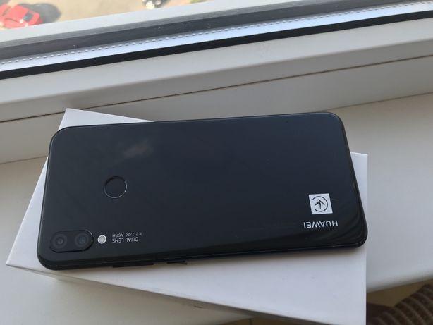 Huawei P Smart Plus 4/64 Black Состояние Нового