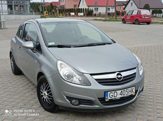 mały ale zwinny Opel